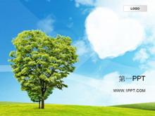 蓝天白云绿树自然风格PPT模板