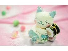 粉色毛绒小猫玩具PPT背景图片