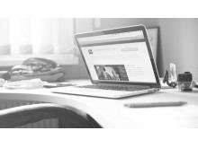 黑白苹果电脑幻灯片背景图片