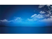 静谧的蓝天白云PPT背景图片