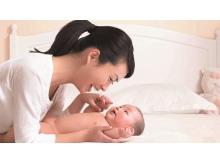 七张母婴育婴PowerPoint背景图片