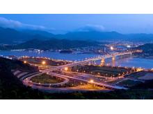 繁华的现代城市夜景PPT背景图片
