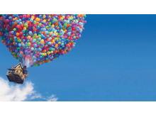蓝天白云气球飞屋环游记PPT背景图片