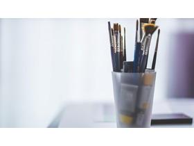 笔筒画笔PPT背景图片