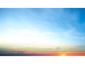 日出天空PPT背景图片