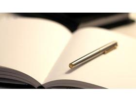 钢笔记事本文具PPT背景图片