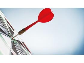 红色飞镖箭靶PPT背景图片