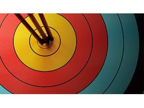 彩色箭靶PPT背景图片