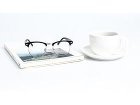 咖啡杯眼镜书籍小清新PPT背景图片