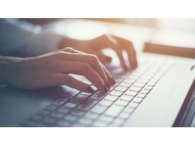 键盘打字PPT背景图片