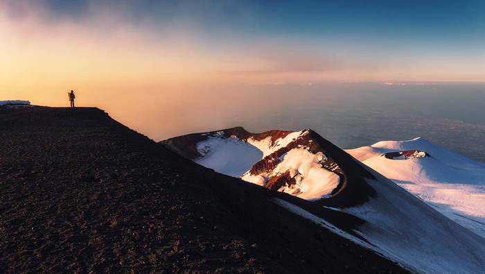 四张群山高山山峰PPT背景图片
